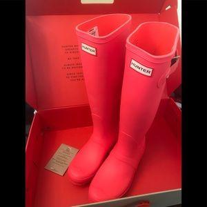 Hunter Original Tall Boots Hyper Pink Sz 7 NIB